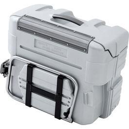 Zusatzsicherung Koffer an Träger für Expedtionsreisen